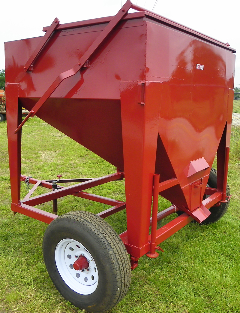 wagon item image equipmen ag feeder sold january hay auction for